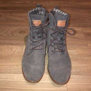 TOMS Boots